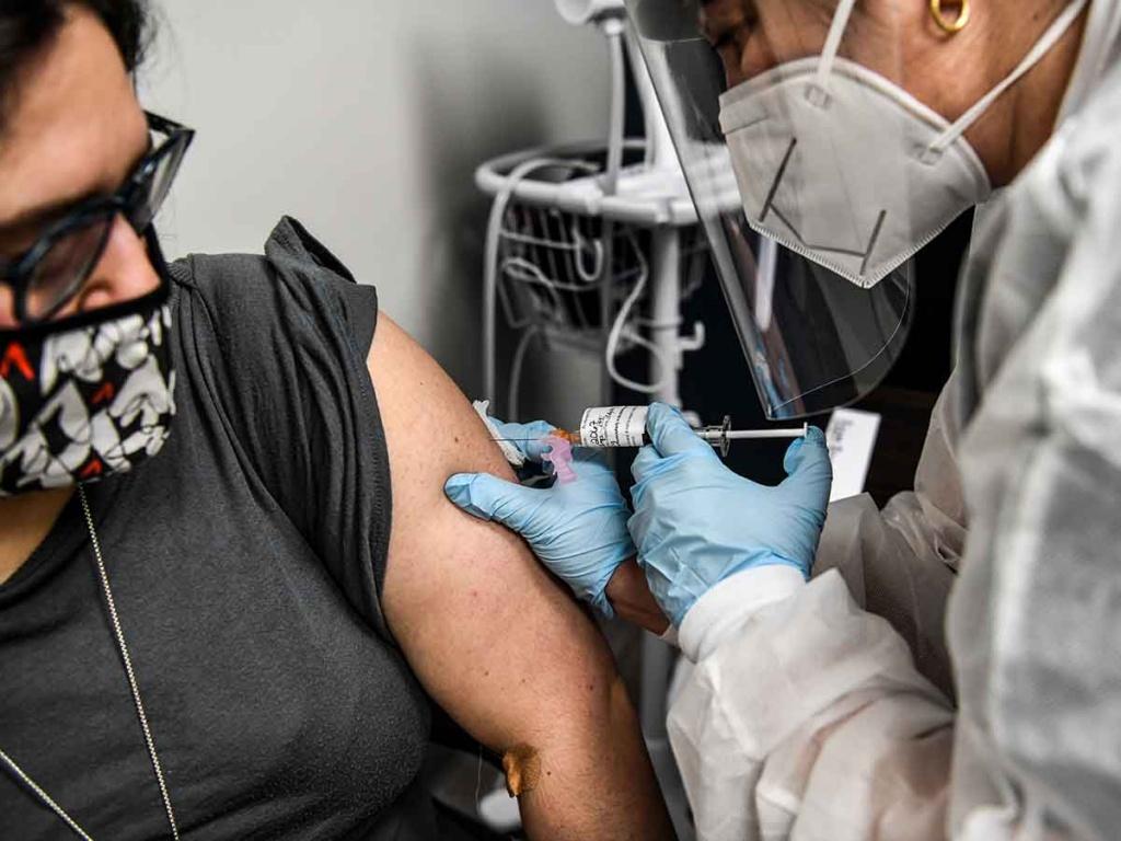 Gobierno cubano ofrecerá vacuna contra Covid-19 a cada país que lo requiera