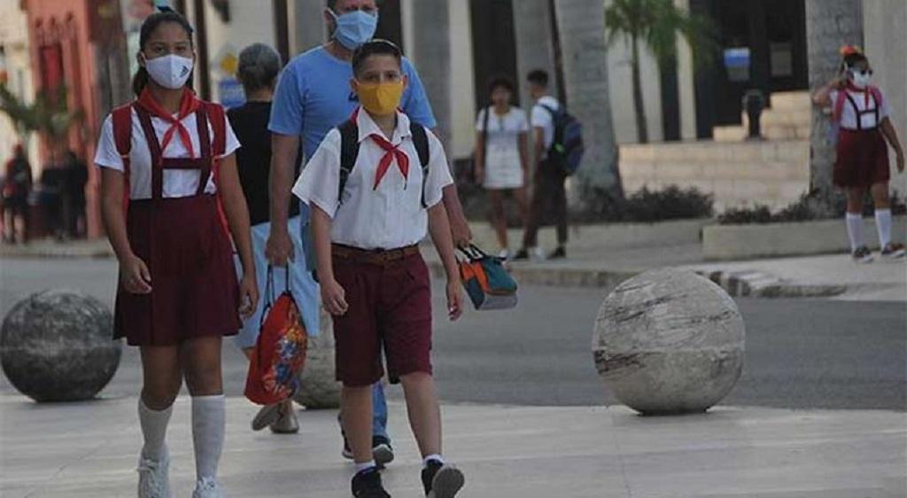 Inicio del curso escolar en Cuba